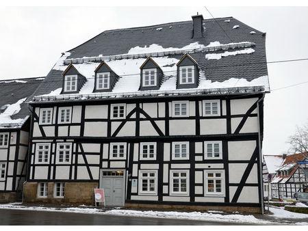 Fensterrestaurierung bei einem Kaufmannshaus von 1603